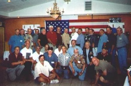 Reunion 03 photo13.jpg (29137 bytes)