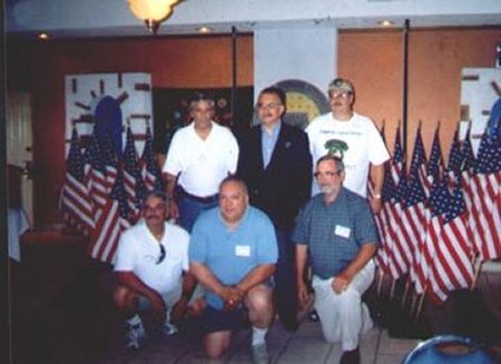 Reunion 03 photo9.jpg (30922 bytes)